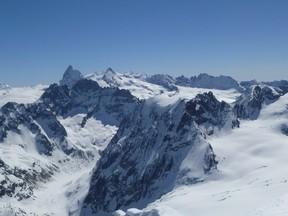 Panorama du sommet du Pigne d'Arolla